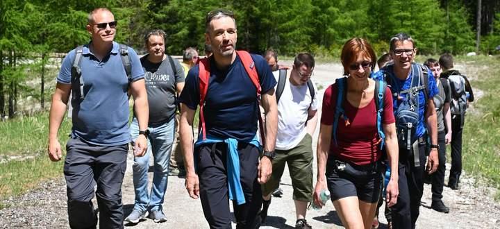 Kickls FPÖ-Wanderung auf die Rax