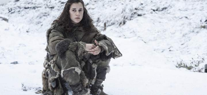 Meera Reed im Schnee.