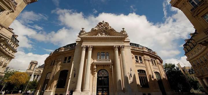 Das Gebäude der alten Pariser Handelsbörse stammt aus dem 18. Jahrhundert.