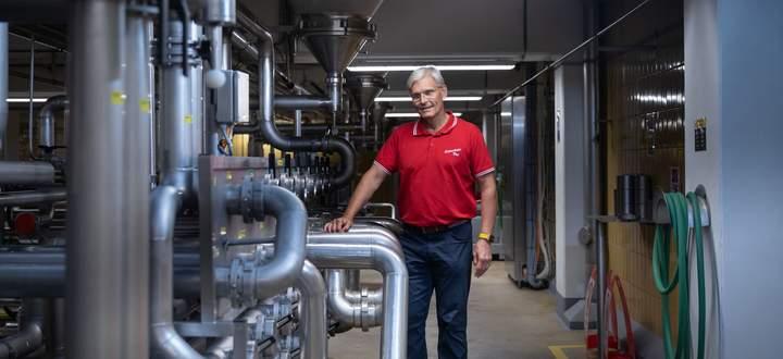 Braumeister Andreas Urban im Gär- und Lagerkeller der Schwechater Brauerei.