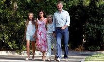 Spaniens König Felipe, Königin Letizia und die beiden Töchter Sofia und Leonor werden wohl wieder auf der Insel Mallorca urlauben.