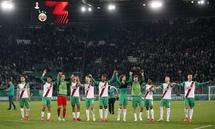 Bei Rapid hing der Haussegen nach dem Sieg in der Europa League wieder gerade. 22.300 Zuschauer erlebten ein spannendes Spiel.
