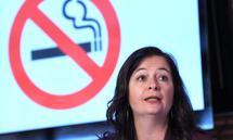 """Rund ums Rauchverbot entbrannte ein Streit der Zeitung """"Österreich"""" mit Stadträtin Ulli Sima."""
