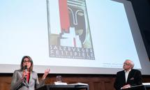 Designhistorikerin Anita Kern und Historiker Oliver Rathkolb bei der Präsentation ihrer Gutachten.