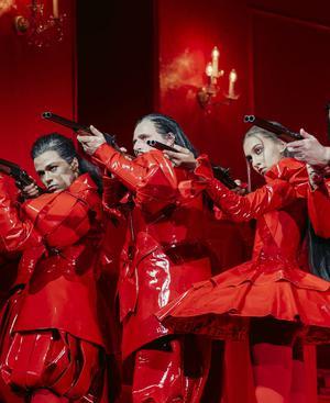 """Thomas Bernhard ist im Mai und Juni 2021 gut auf Österreichs Bühnen vertreten: """"Die Jagdgesellschaft"""", ab 26. Mai im Akademietheater."""