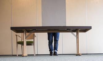 Symbolbild: Blick auf die Wahlkabine