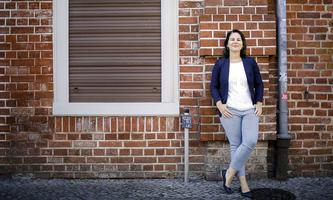 Annalena Baerbock, Bundesvorsitzende Buendnis 90 / Die Gruenen, posiert fuer ein Foto in Potsdam, 04.08.2020. Potsdam D