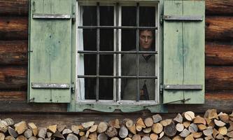 Coop99 Filmproduktion - Starhaus Filmproduktion / DR LE MUR INVISIBLE (DIE WAND) de Julian Roman Polsler 2012 AUT./ALL.