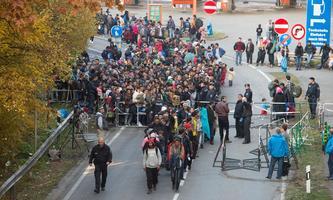 Flüchtlinge an der deutsch-österreichischen Grenze vor fünf Jahren: Jetzt rügt der EU-Rechnungshof die Migrationspolitik.