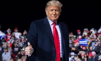 Donald Trump am 13. Oktober auf dem Flugfeld von Johnstown, Pennsylvania bei einem seiner Make-America-Great-Again-Auftritte.