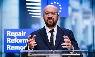 EU-Ratspräsident Michel legt einen Kompromissvorschlag für den EU-Haushalt 2021–2027 vor.