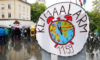 News Bilder des Tages Foto Manuel Geisser 21.05.2021 Baden AG : Strike for Future Klimademo in Baden Kanton Aargau *** P