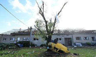 Schäden nach einem Tornado im Südosten Tschechiens am Donnerstag, 24. Juni 2021