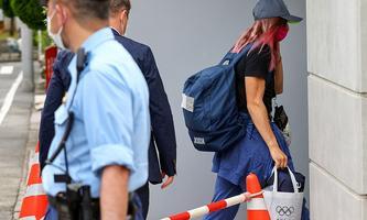 Ankunft der belarussischen Sprinterin Tichanowskaja in Polens Botschaft in Tokio.