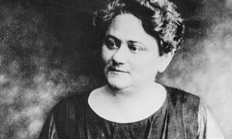 """Schülerinnen wie Hilde Spiel erleben ihren Unterricht als """"Jahre des Glücks"""": Eugenie Schwarzwald."""
