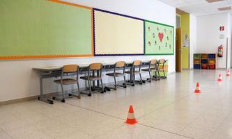 Am Dienstag stellen die Schulen auf Fernunterricht um.