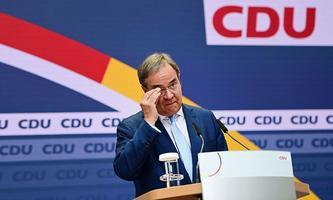 Armin Laschet will offen für Regierungsgespräche bleiben.