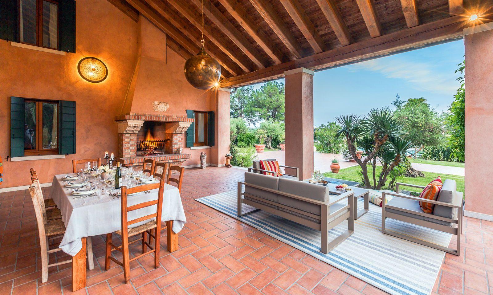 Konzept. Das Anwesen ist keine Luxusresidenz, sondern ein schön bewohnbares Haus.