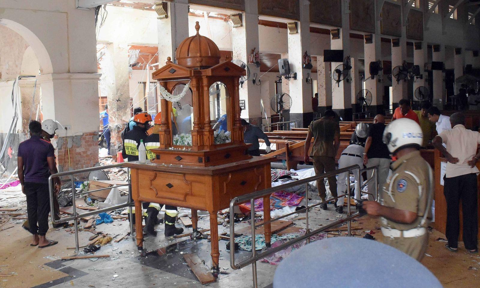 Bilder der Verwüstung in der St. Anthony-Kirche