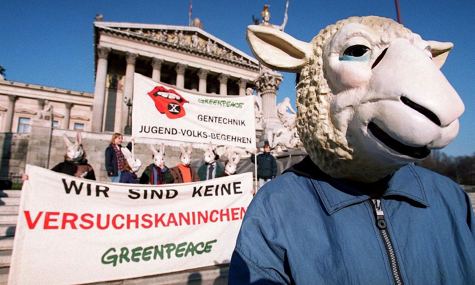 Greenpeace ´Wir sind keine Versuchskaninchen´