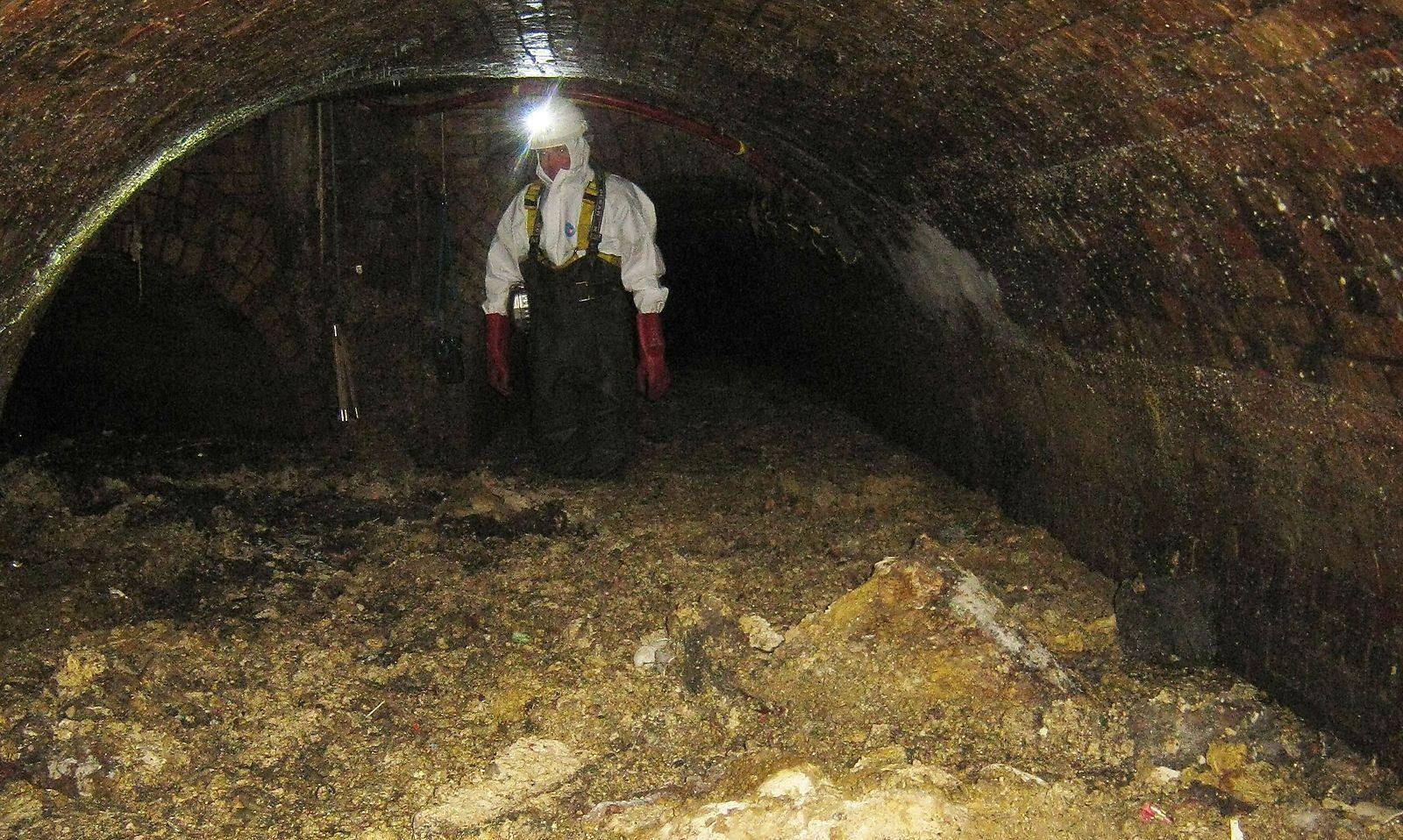 Extrem Riesiger Fettberg blockiert Londoner Abwasserkanal « DiePresse.com WA44