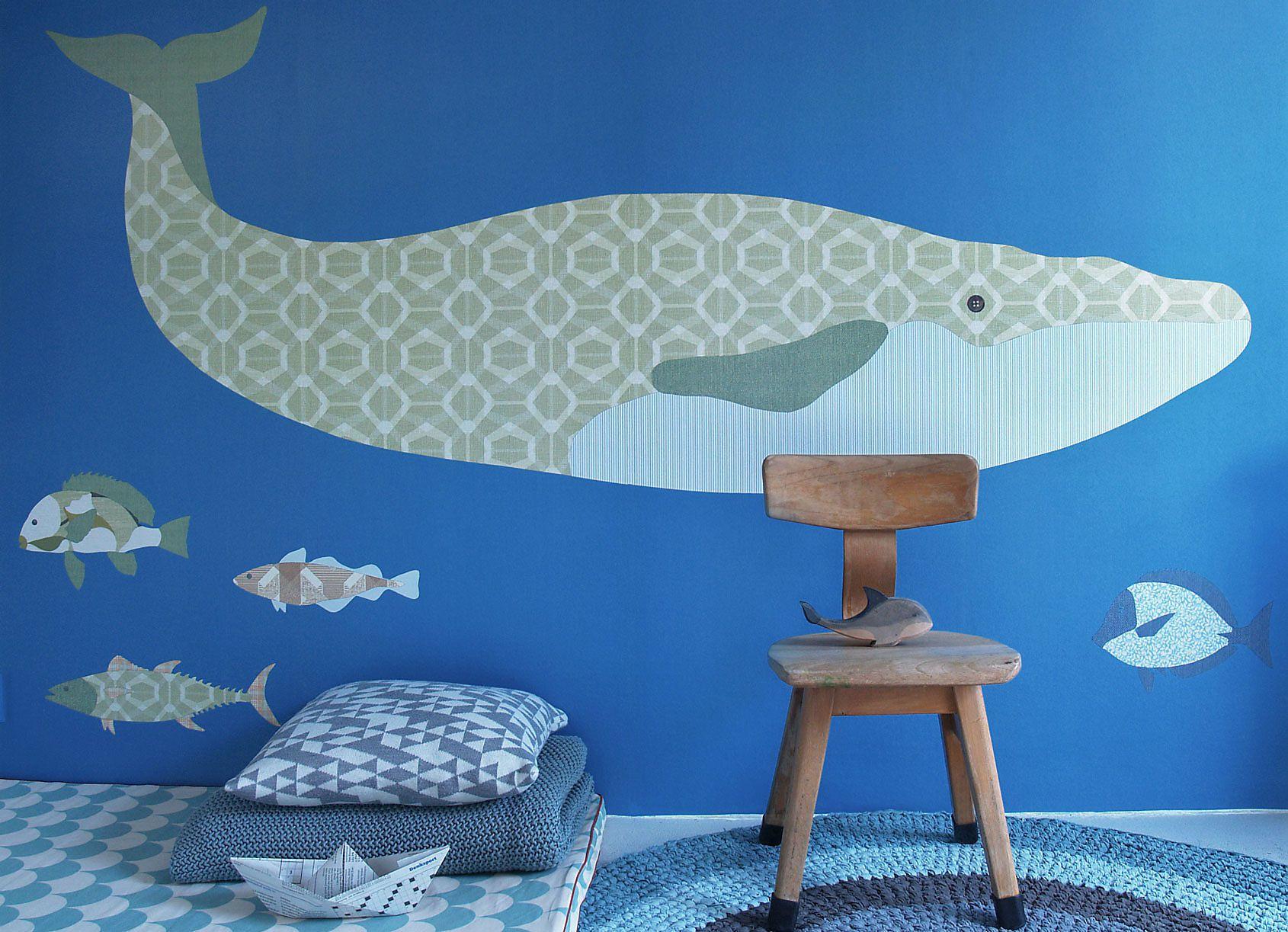 Walfisch an der Wand von Raumelfen