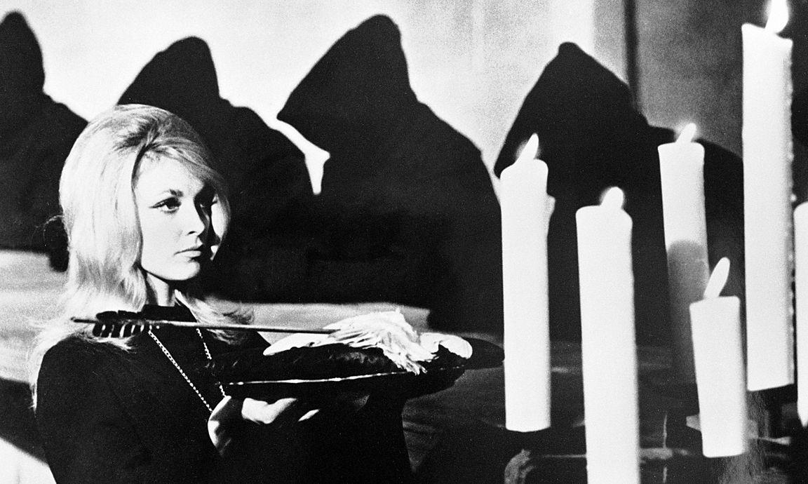 DIE SCHWARZE 13 Eye of the devil GB 1967 J Lee Thompson Szene mit SHARON TATE Odile Regie J