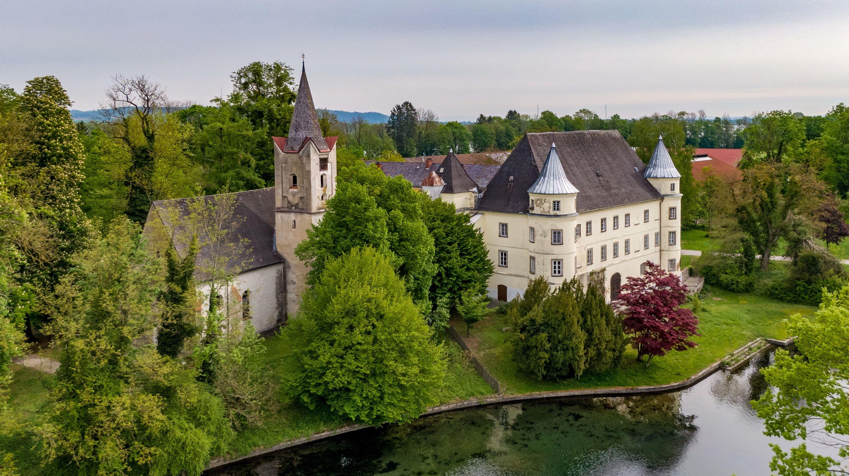 Renaissance-Pracht: Das Innviertler Wasserschloss wurde im 16. Jahrhundert erbaut.