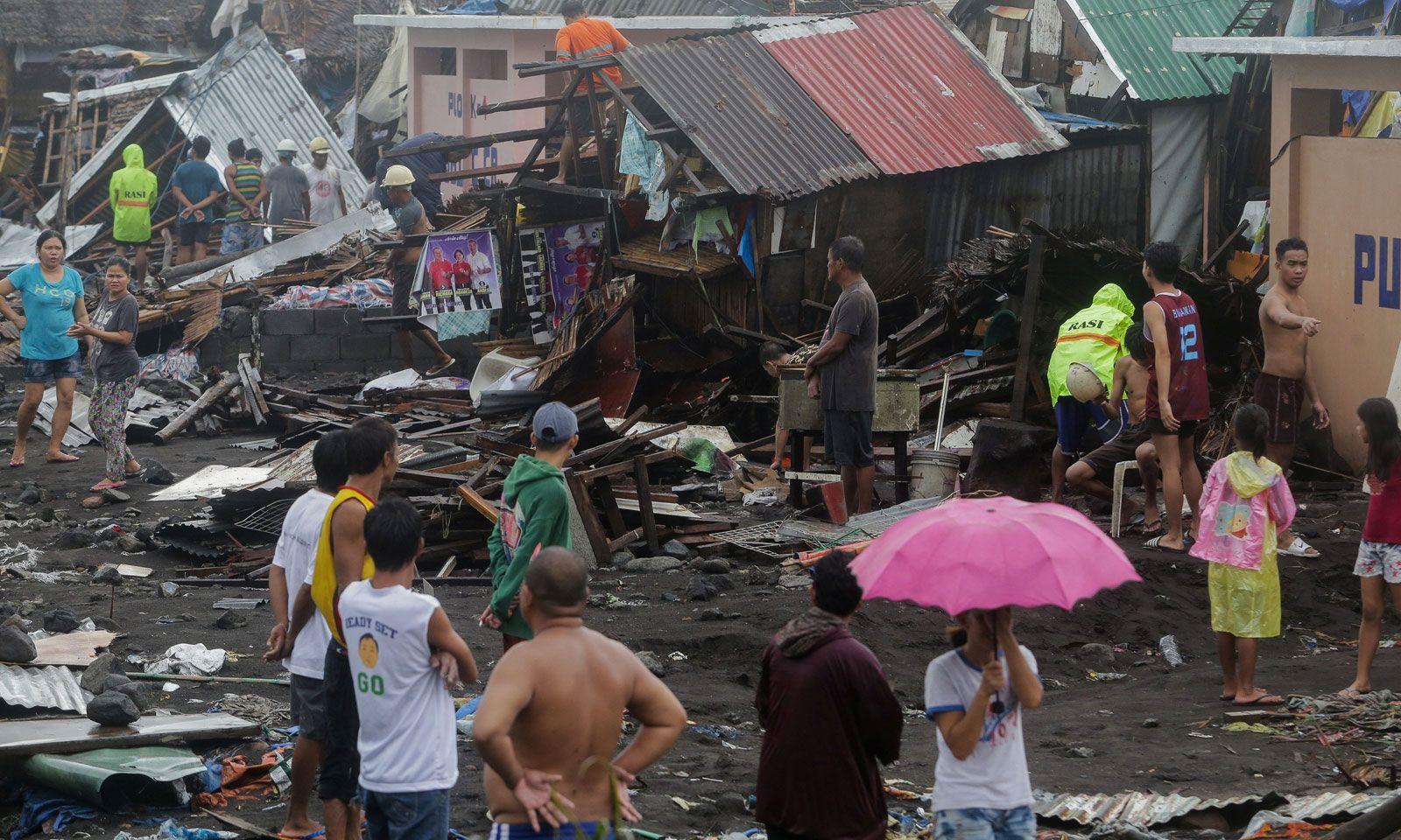 Schäden nach dem Taifun in Legazpi City, Albay
