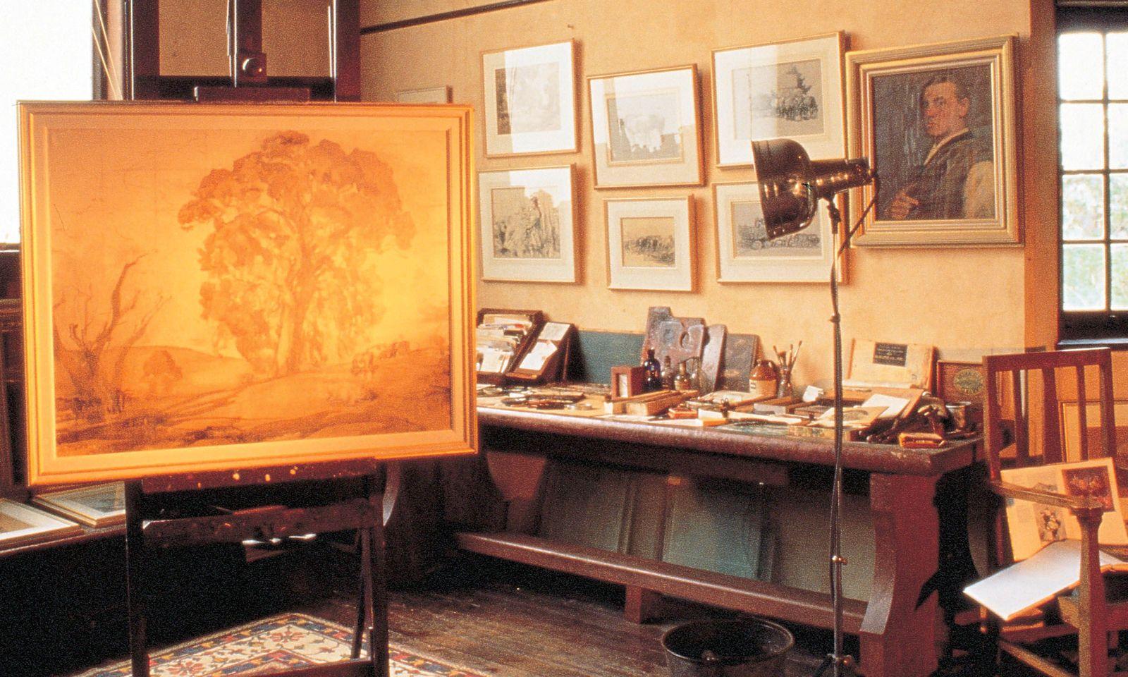 Atelier. Gum trees inspirierten den Landschaftsmaler Hans Heysen.