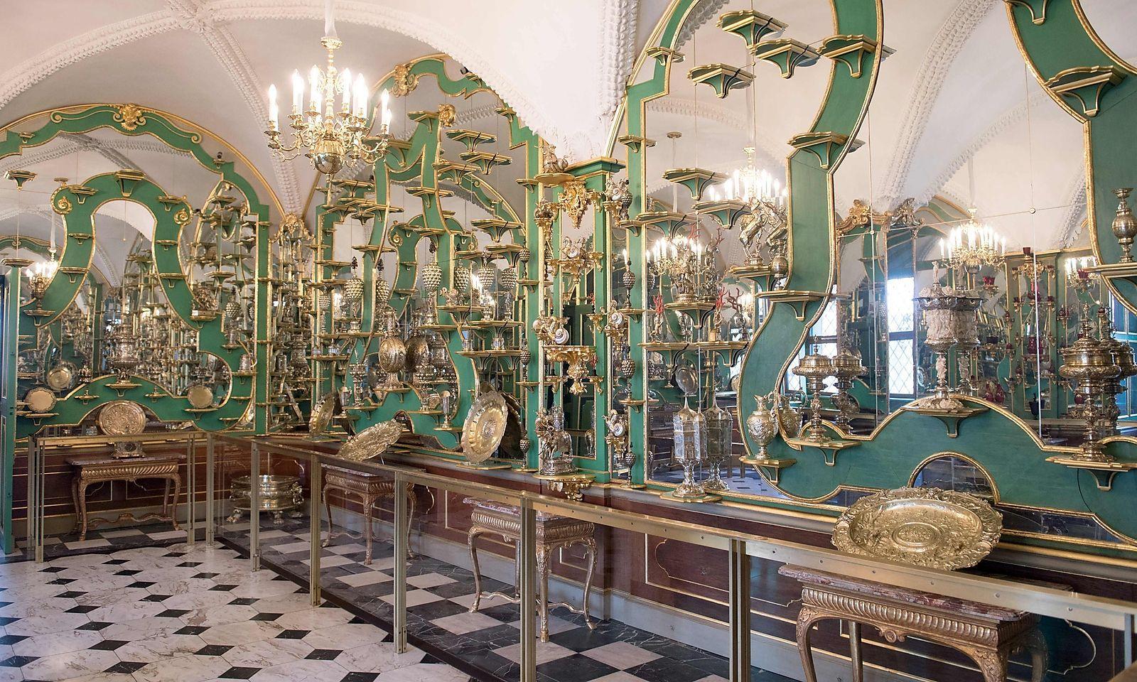 Einer der Räume des Grünen Gewölbes in Dresden.