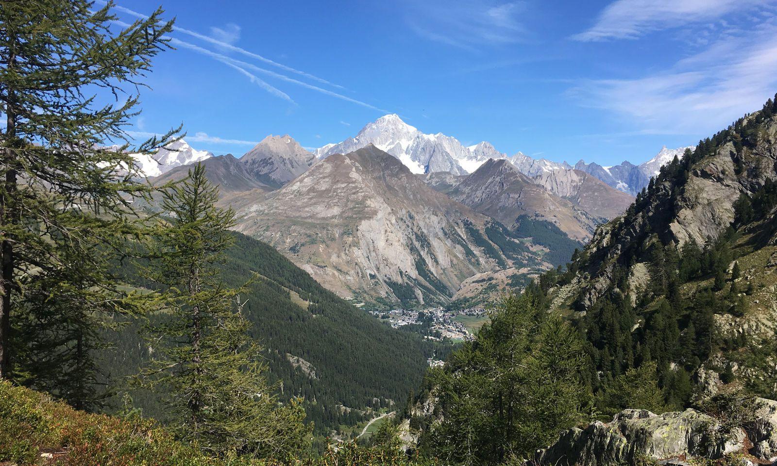 Der Mont Blanc ist meist in Sichtweite.