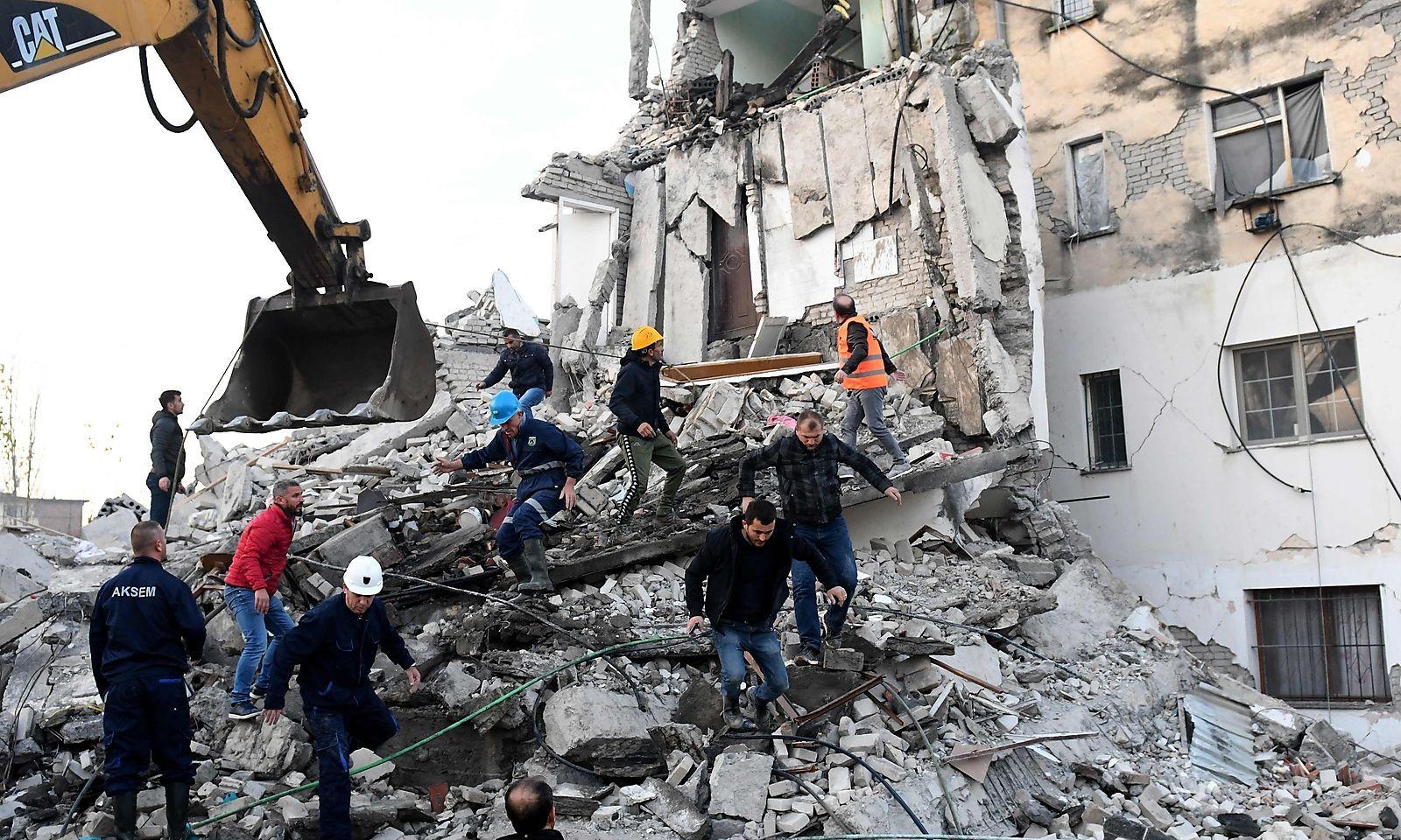 Erdbeben Heute Früh Österreich : 1jv96s 70ww2im / Viele ...