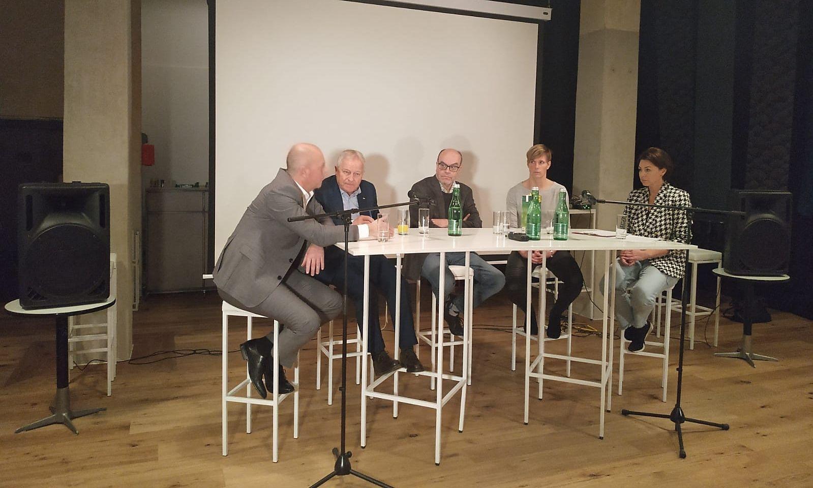 Martin Pototschnig, Leo Windtner, Wilfried Schmaus, Maria Gstöttner und Elisabeth Auer (v. l.)