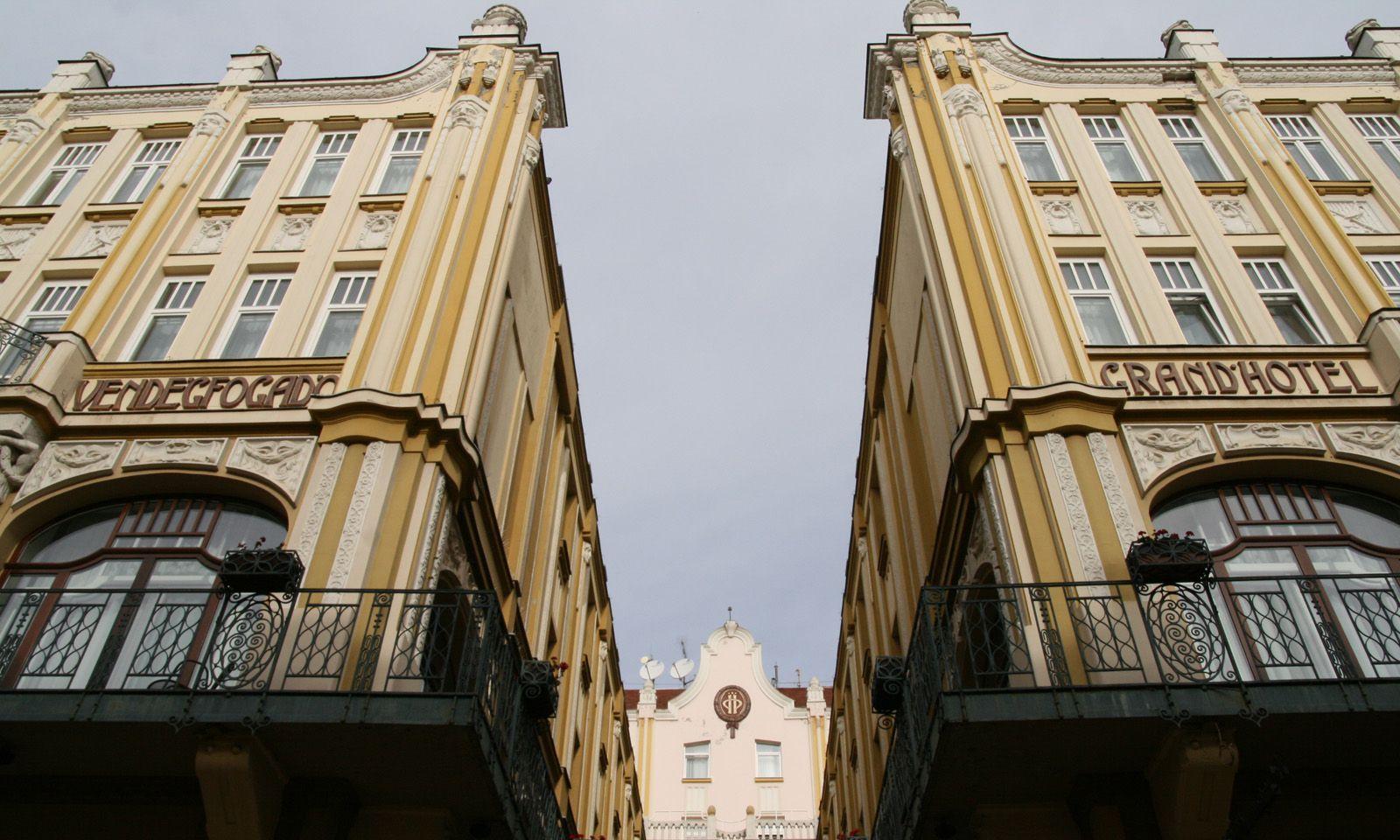 Die Universitätsstadt Pécs.
