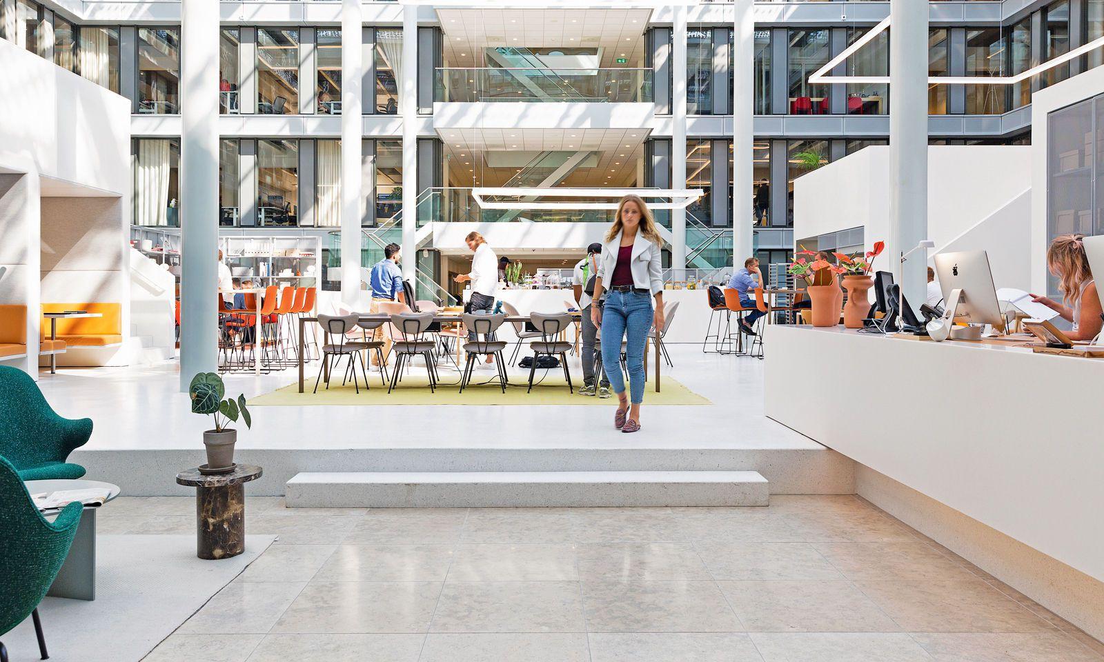 Clean, smart, weltoffen: Das Spaces in Amsterdam zeigt sich als klar strukturierter Treffpunkt.