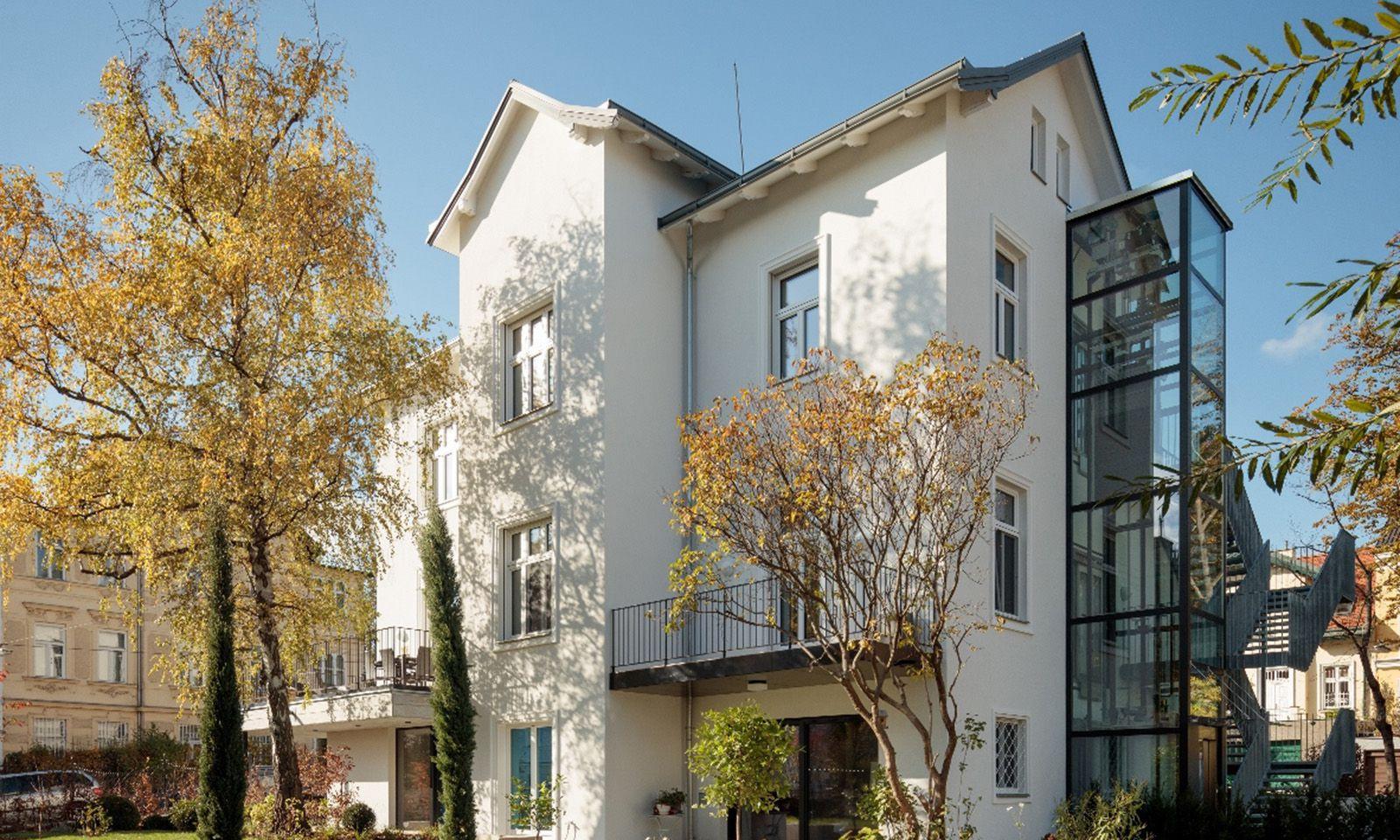 Nach ursprünglichen Plänen restaurierte Villa am Wiener Schafberg.