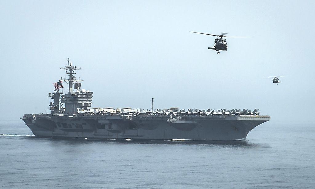 Aktuelles Bild der USS Theodore Roosevelt im Golf von Oman