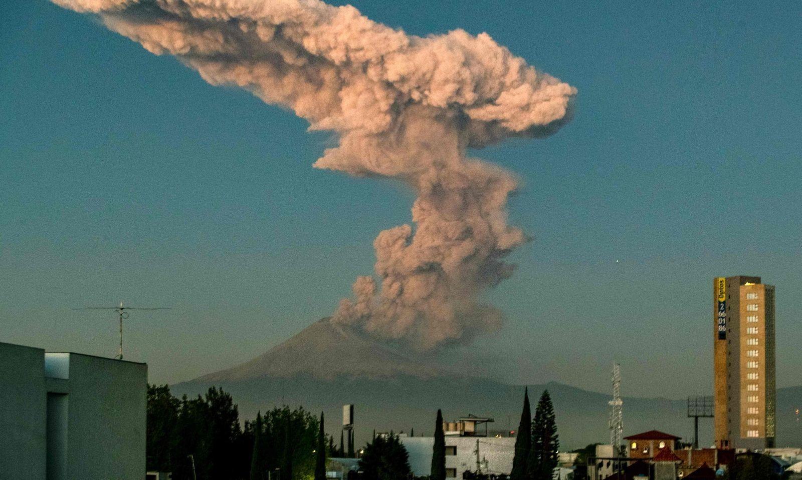 Der Vulkan Popocatepetl in Mexiko ist wieder aktiv.