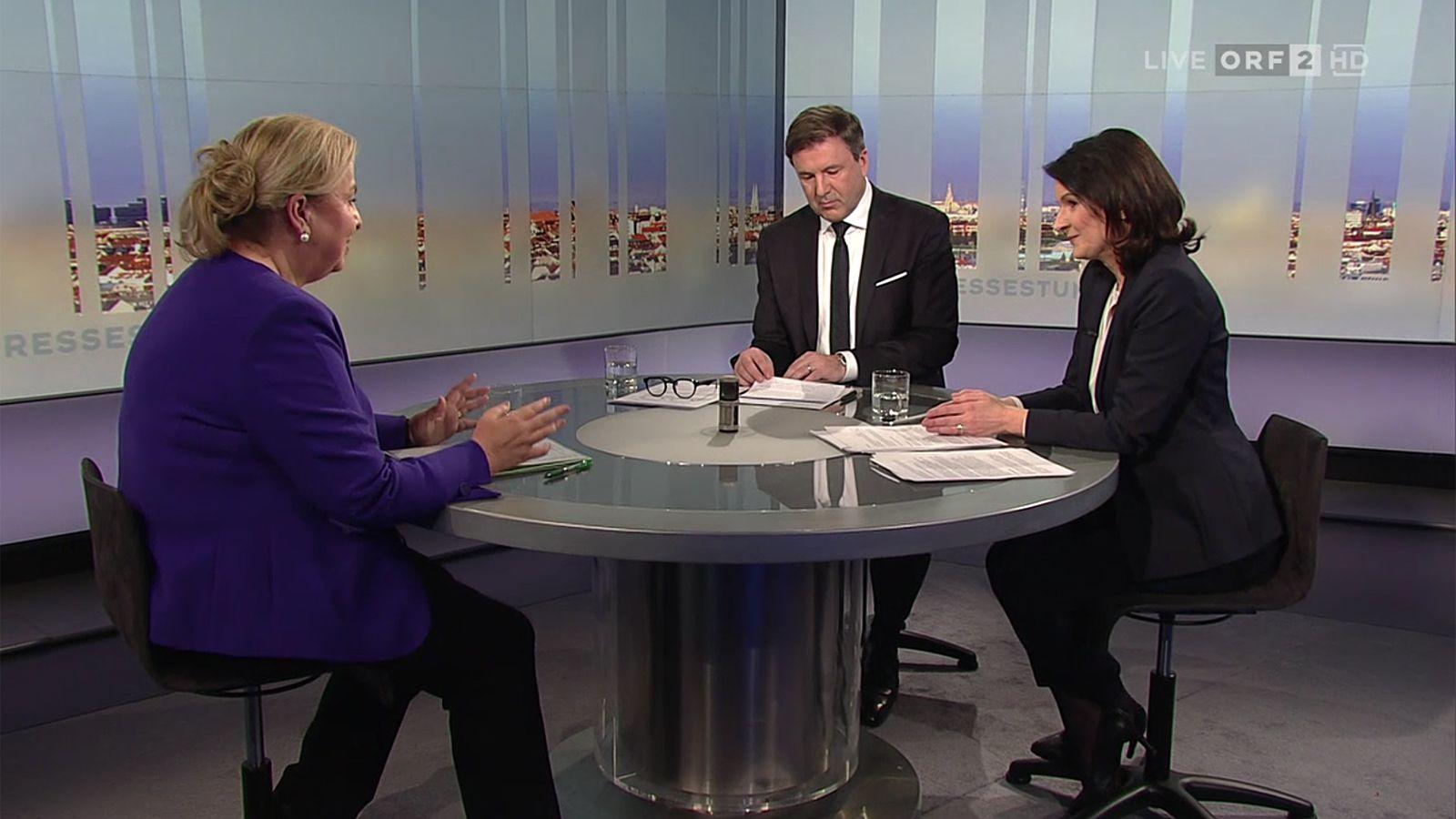 """In der """"Pressestunde"""" stellt sich Gast den Fragen je eines Print- und eines ORF-Journalisten. Am Sonntag wurde Ministerin Beate Hartinger-Klein von Annette Gantner(""""Oberösterreichische Nachrichten"""") und Andreas Mayer-Bohusch (ORF) befragt."""