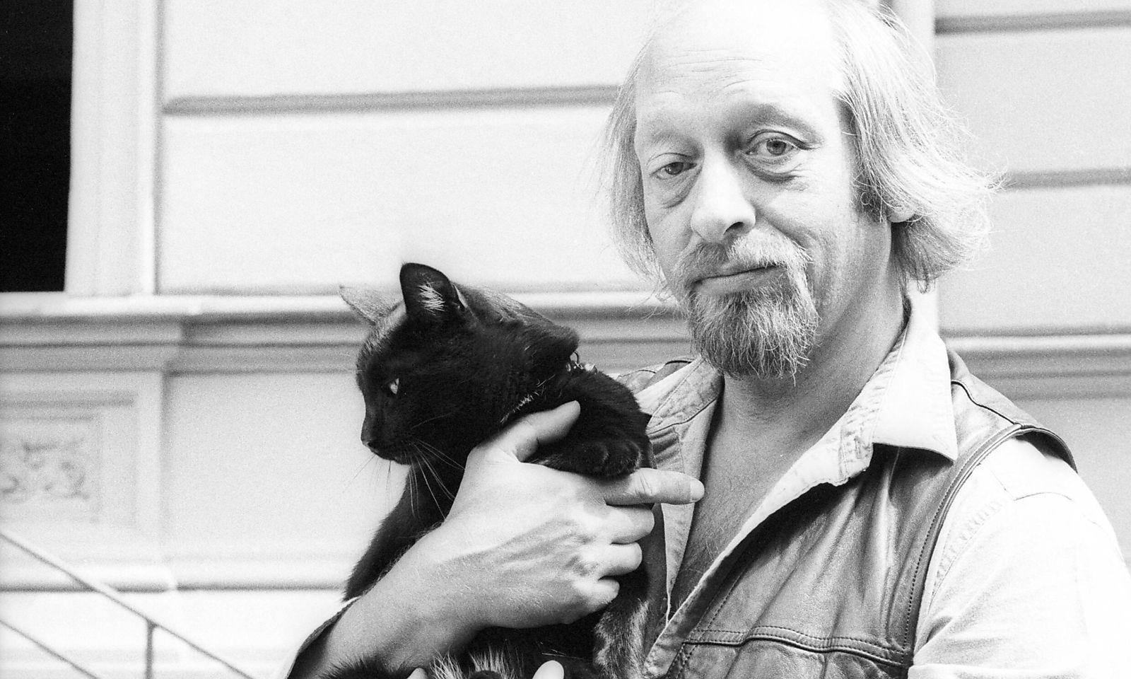 Der Mann mit dem hängenden Lid: Komiker Karl Dall ist tot