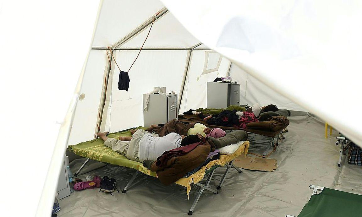 Zelten Ohne Rückenschmerzen : Asyl quoten burgenland wäre ohne zelte schlusslicht
