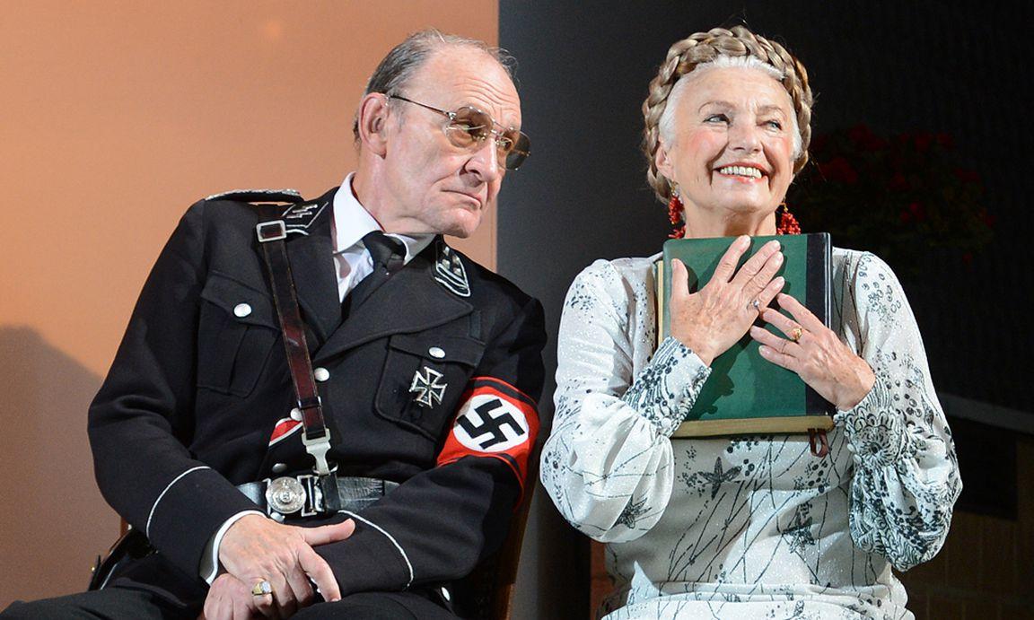 Fantastisch Theater Nimmt Proben Wieder Auf Bilder - Beispiel ...