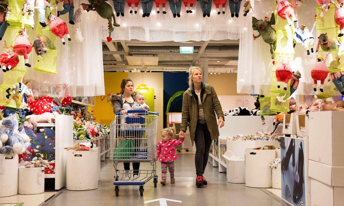 Beziehungstherapie mit dem billy regal for Ikea bild london