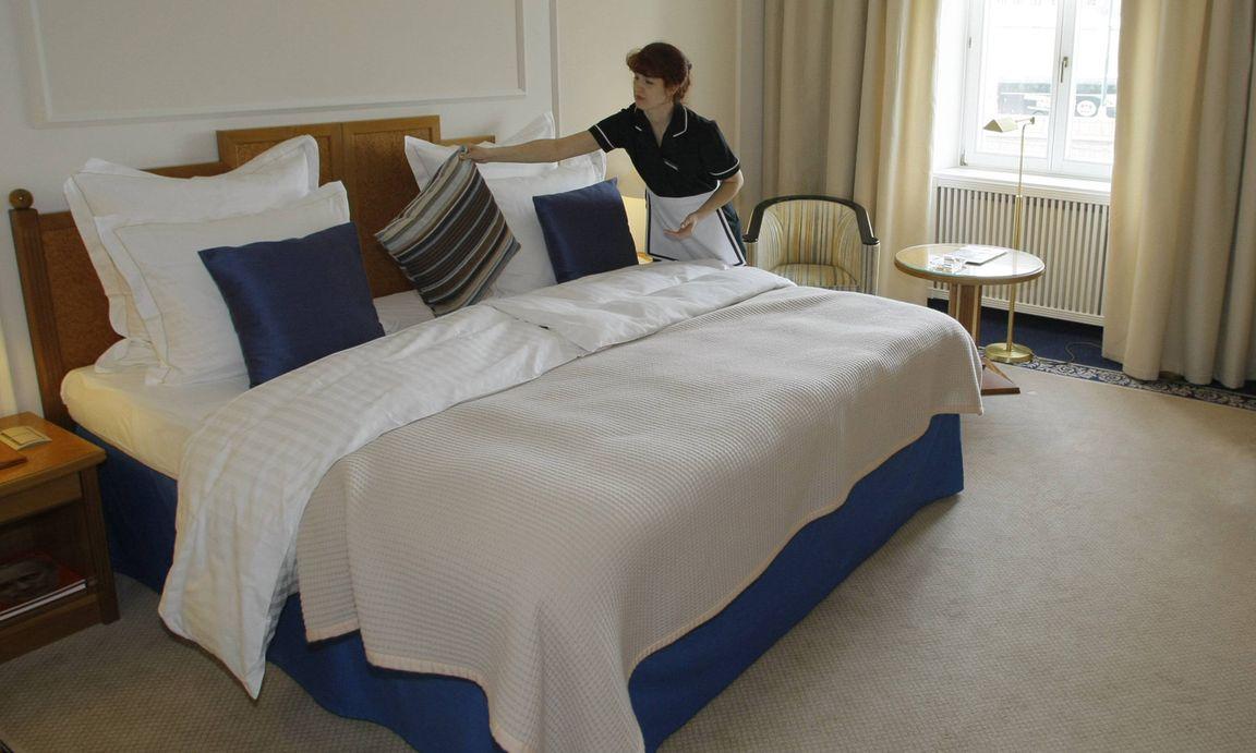 rzte wollen nach deutschland zimmerm dchen nach sterreich. Black Bedroom Furniture Sets. Home Design Ideas