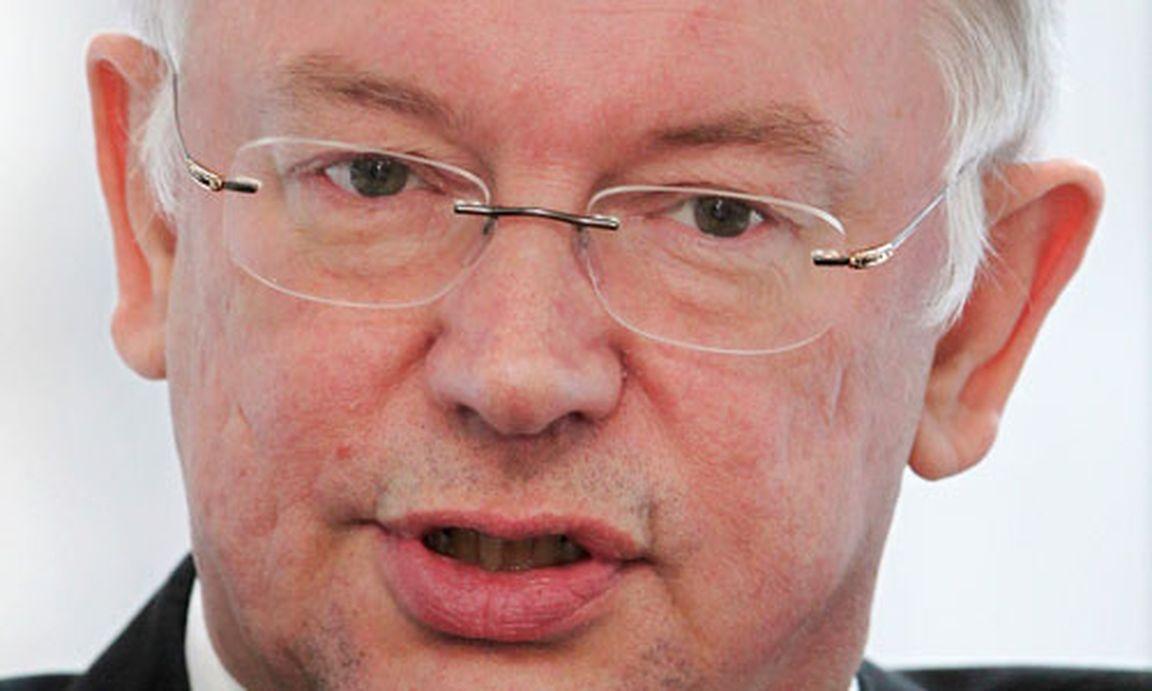 Cdu hessens ministerpr sident koch tritt zur ck for Koch politiker