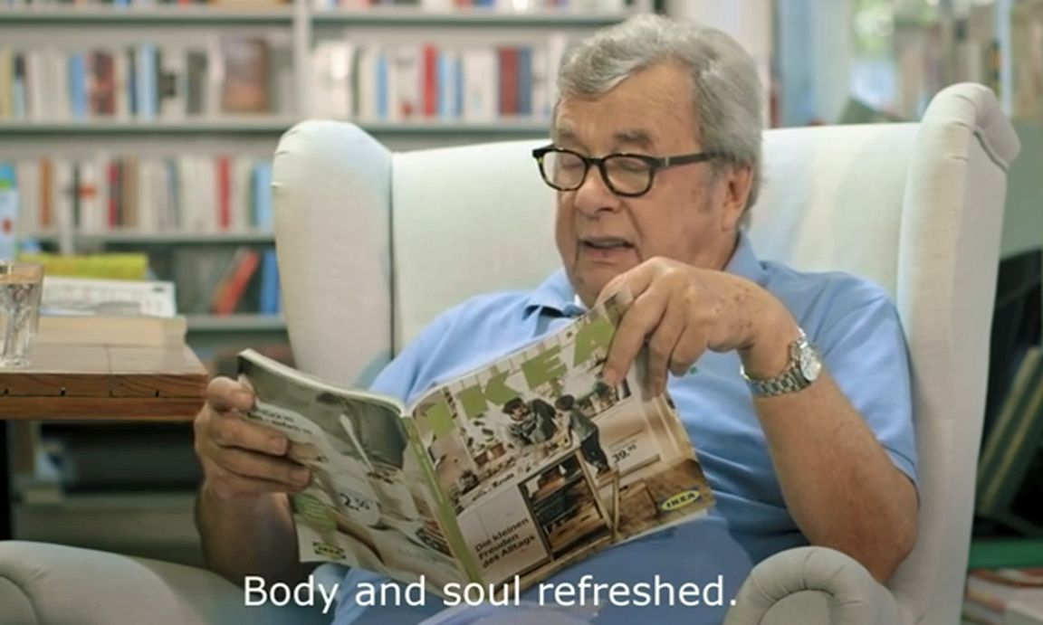 ein m blierter roman karasek rezensiert ikea katalog. Black Bedroom Furniture Sets. Home Design Ideas