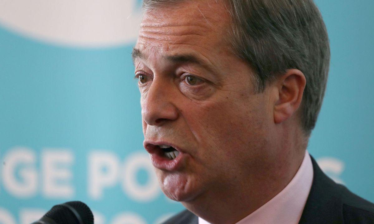 Brexit-Wortführer Nigel Farage attackiert Royals