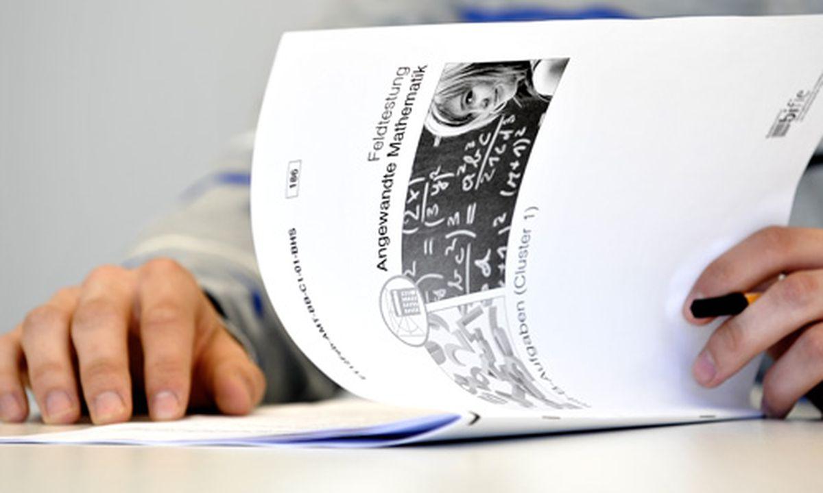Fein Probe Lebenslauf Bildungsbereich Gymnasium Ideen - Beispiel ...