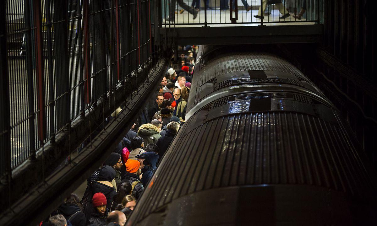 New Yorker Bürgermeister will Superreiche für U-Bahn-Sanierung ...